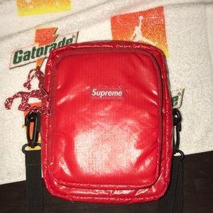 Supreme shoulder bag (FW17)